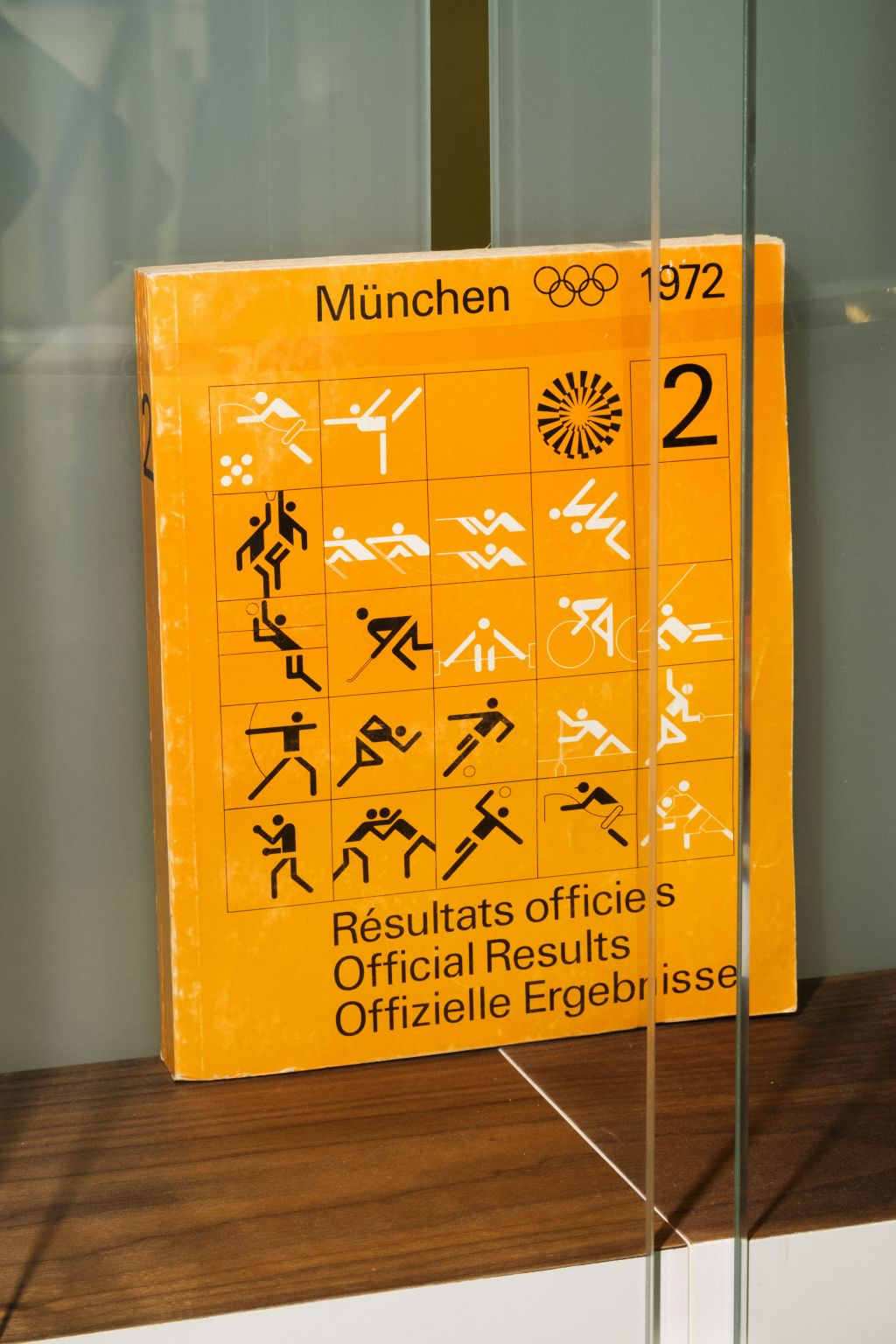 Official Results book 1972 Olympic Games, photo Johannes Schwartz